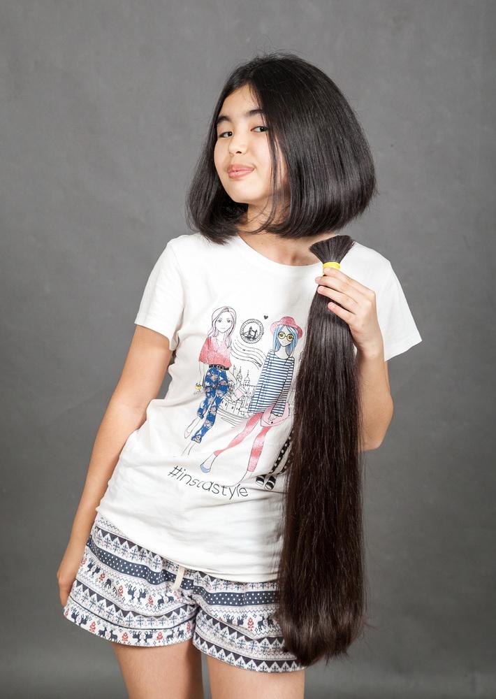 покупаем натуральные детские волосы дорого