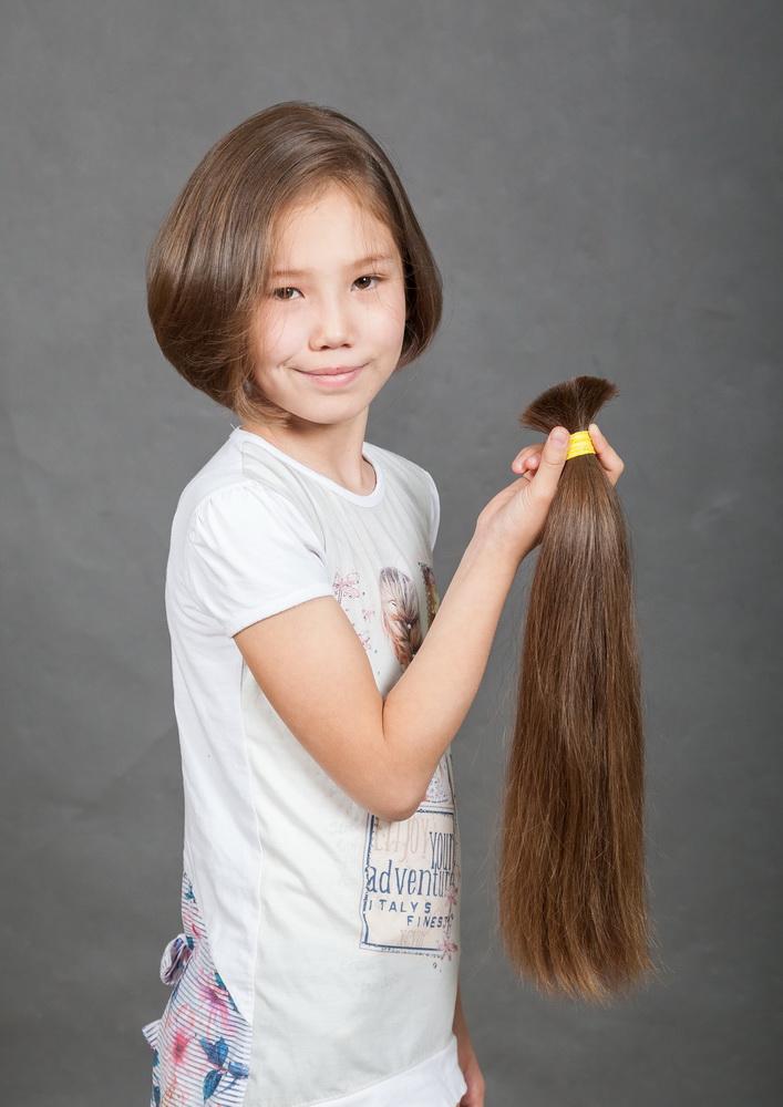 Как и где можно продать детские натуральные волосы, за какую цену